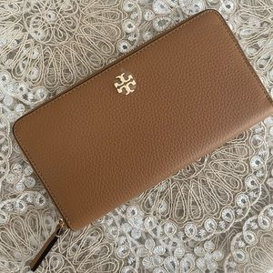 New Tory Burch wallet ❣️